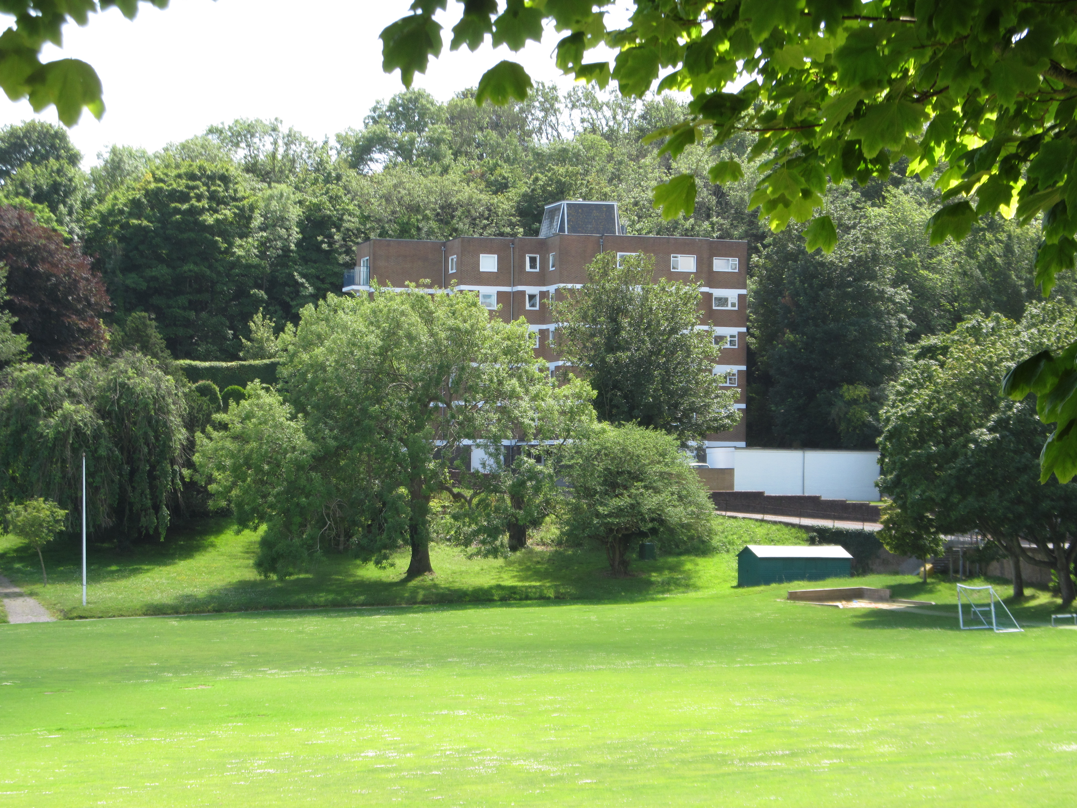 Wellcombe Crescent, Meads