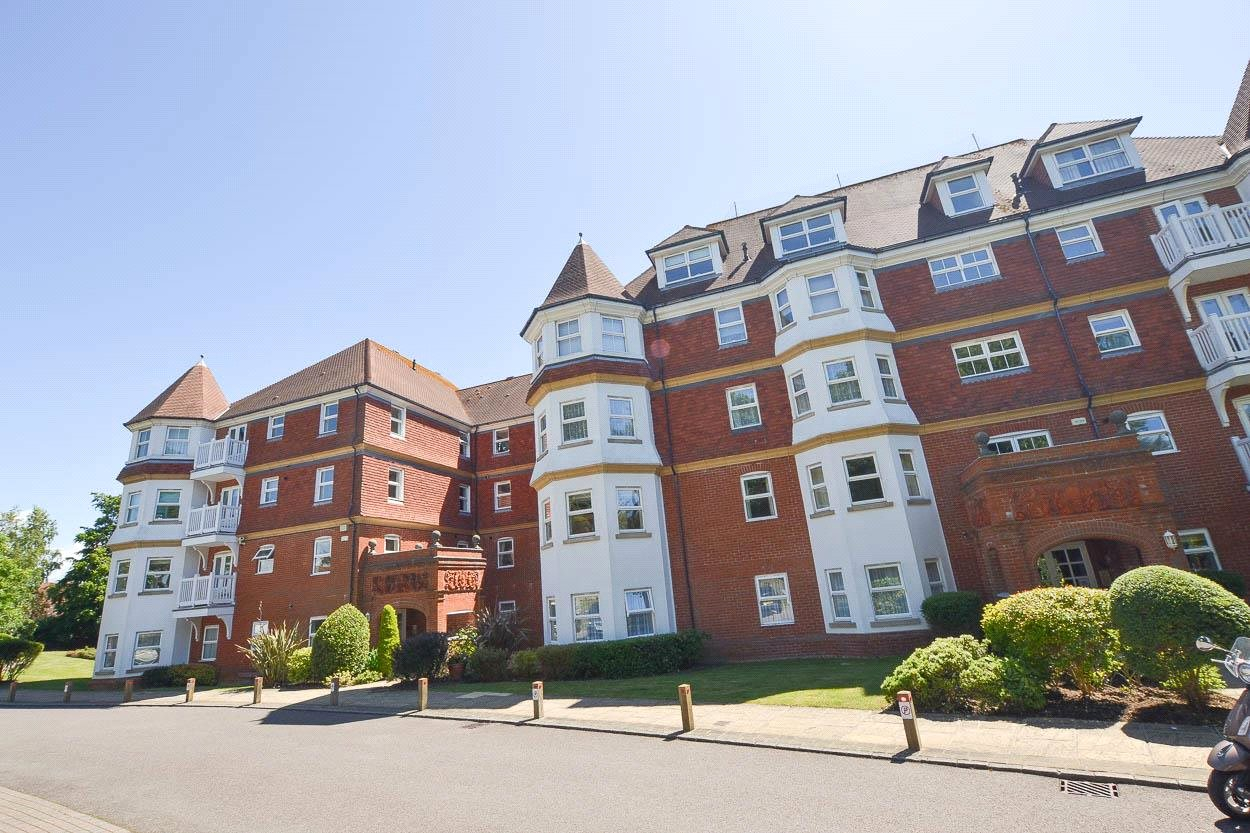 Eversley Court, 14 St. Annes Road