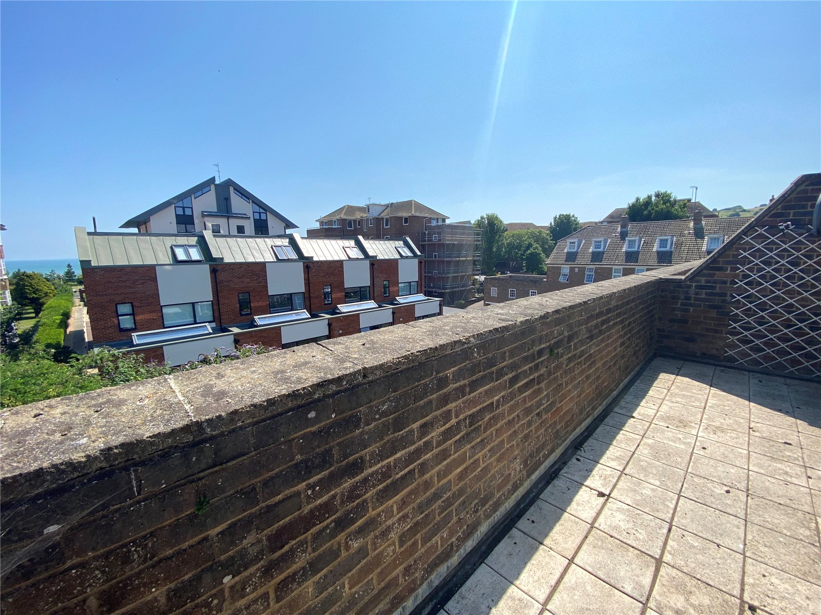 Chesterfield Gardens, Meads