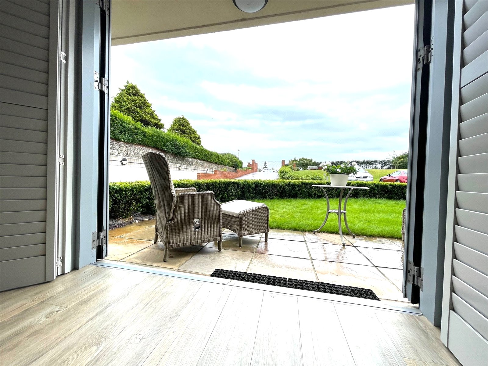 Holywell Court, 30 King Edwards Parade, Meads